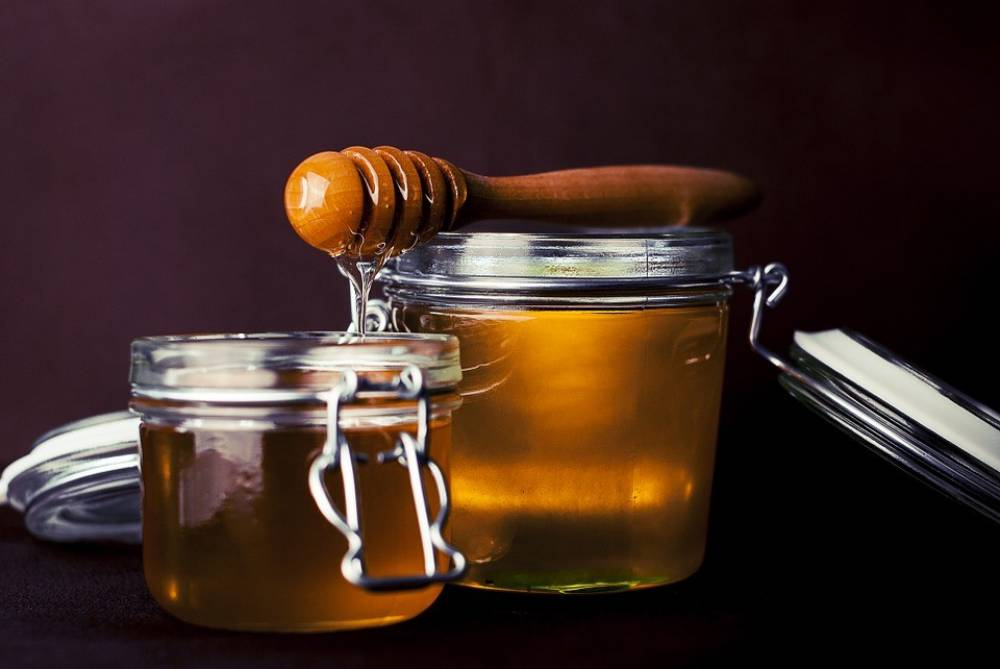 4 เคล็ดลับความงามที่ได้จาก น้ำผึ้ง ผิวพรรณดีได้เพียงชั่วข้ามคืน