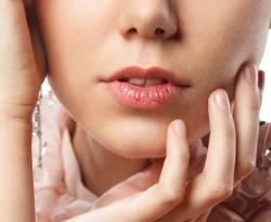 ทำความรู้จักกับปัญหา ปากแห้ง เกิดจาก อะไร