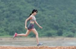 รอบรู้เกี่ยวกับ รองเท้าวิ่ง ต้องใช้แบบไหน แล้วเมื่อไหร่ต้องเปลี่ยนคู่